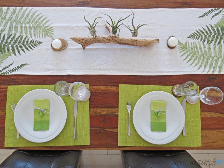 www.detail-verliebt.de: Gedeckter Tisch mit Tillandsien plus Pflegetipps