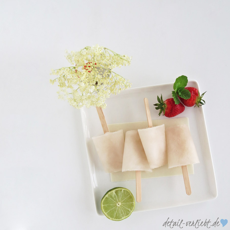 www.detail-verliebt.de: Rezept für ein erfrischendes Eis-am-Stiel mit Holunderblüten, Minze und Limette