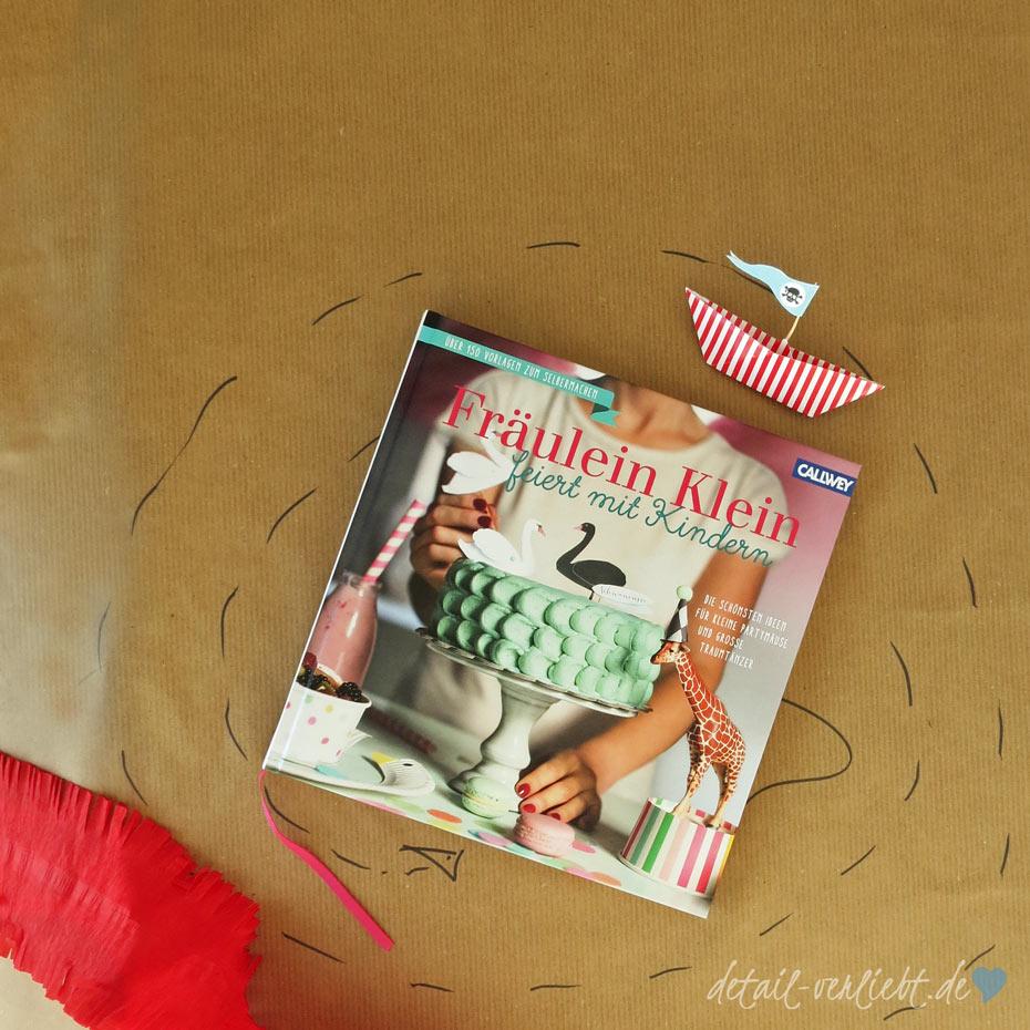 """detail-verliebt.de: Piratenverkleidung aus dem Buch """"Fräulein Klein feiert mit Kindern"""" (Callwey) von Ivonne Bauer für einen Piratengeburtstag"""