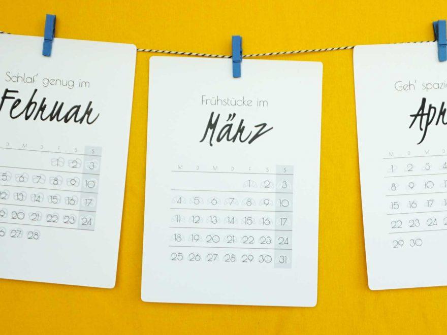 www.detail-verliebt.de: Vorsätze für das neue Jahr kannst Du ganz leicht umsetzen. Dieser Selfcare Kalender zum Ausdrucken für das Jahr 2019 hilft Dir, Deine Ziele zu errreichen.