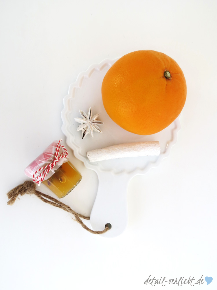 Mein Beitrag zum Blogger-Adventskalender – Orangenpunschgelee- mit Orange, Zimtstange und Anisstern